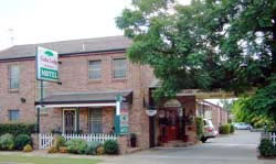 Cedar Lodge Motel - Maitland Accommodation