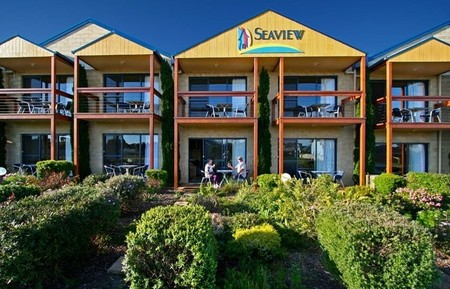 Seaview Motel  Apartments - Maitland Accommodation