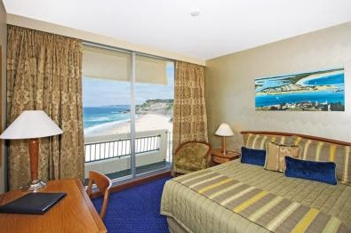 Quality Hotel Noahs on the Beach - Maitland Accommodation