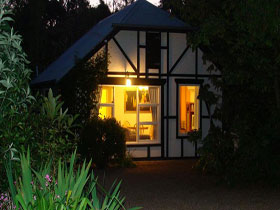 Riddlesdown Cottage - Maitland Accommodation