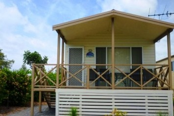 Belmont Pines Lakeside Holiday Park - Maitland Accommodation