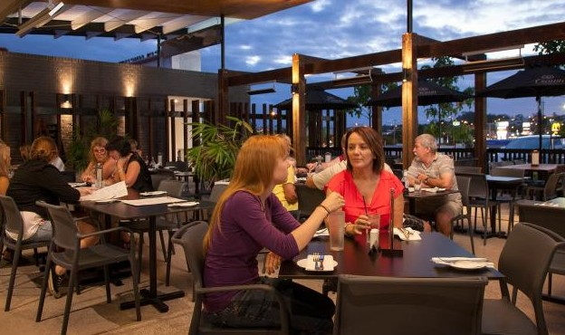 Browns Plains Hotel - Maitland Accommodation