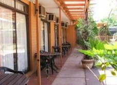 Desert Rose Inn - Maitland Accommodation