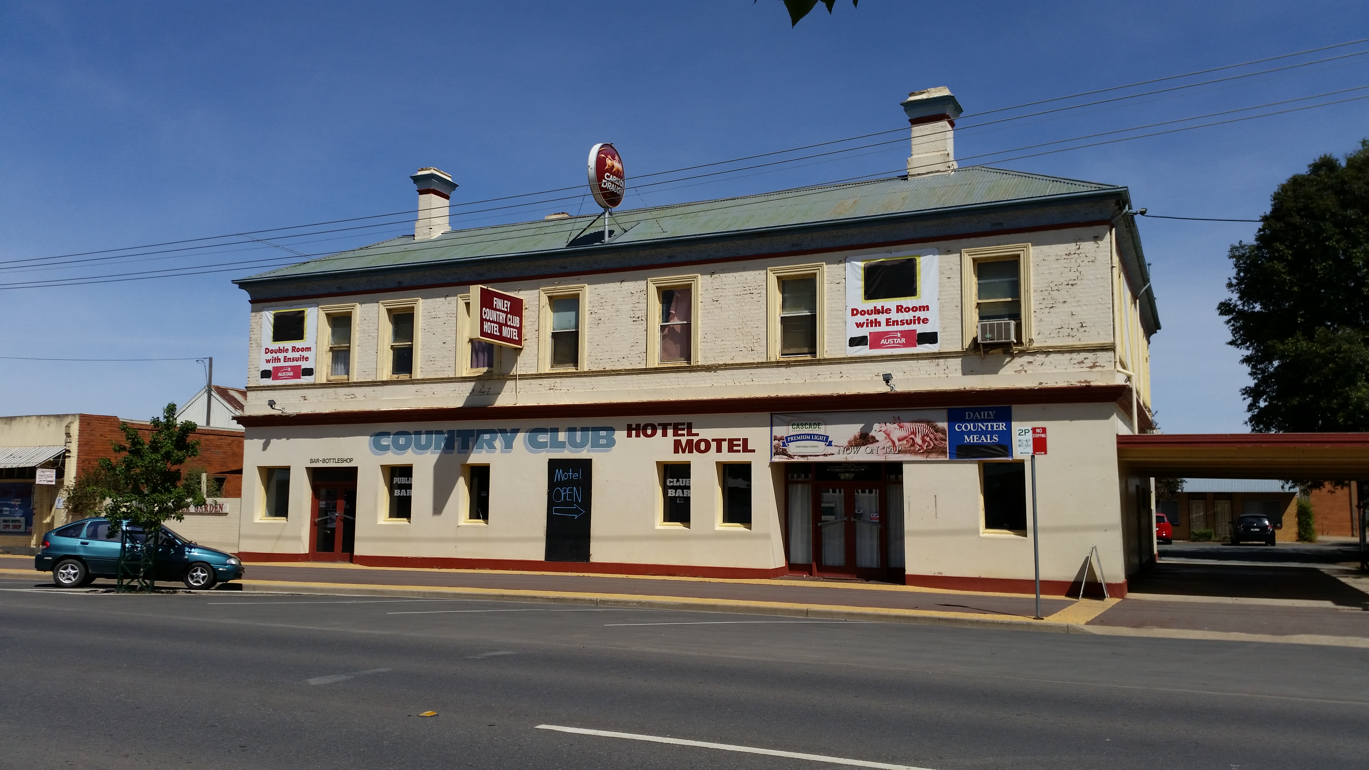 Country Club Hotel Motel - Maitland Accommodation