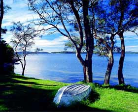 Swan Bay Hideaway - Maitland Accommodation
