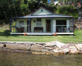 Iona Cottage - Maitland Accommodation