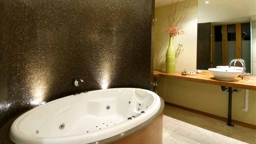 Hepburn Spa Pavilions - Saffron - Maitland Accommodation