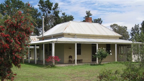 Savernake Farmstay - Maitland Accommodation