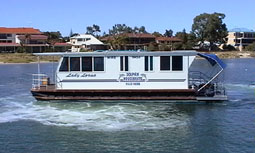 Dolphin Houseboat Holidays - Maitland Accommodation