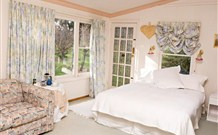 The Old School Country Retreat - - Maitland Accommodation