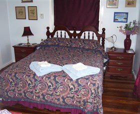 Boonah Hilltop Cottage - Maitland Accommodation