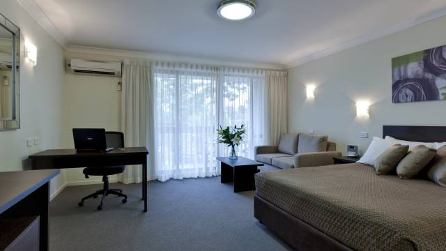 Tall Trees - Maitland Accommodation