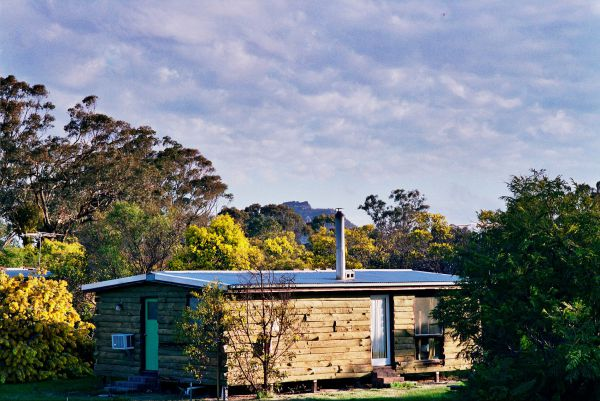 Mount Zero Log Cabins - Maitland Accommodation