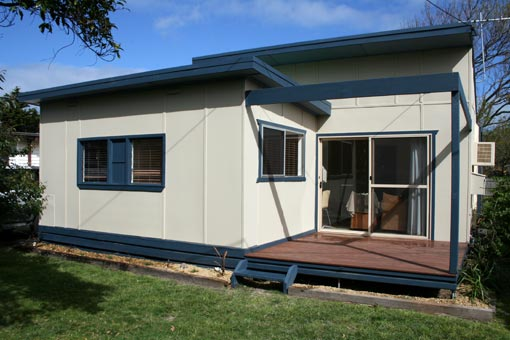 San Remo Holiday House - Maitland Accommodation