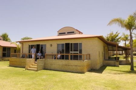 Discovery Holiday Parks - Koombana Bay - Maitland Accommodation