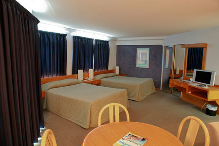 Quality Hotel Lord Forrest - Maitland Accommodation