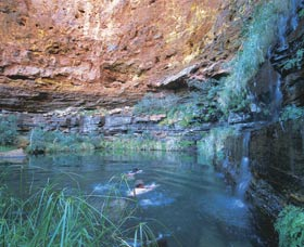 Dales Gorge and Circular Pool - Maitland Accommodation
