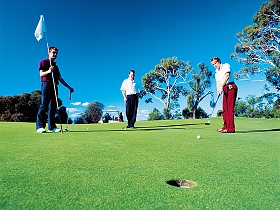 Oatlands Golf Course - Maitland Accommodation