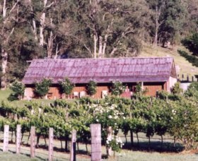 Undercliff Winery and Gallery - Maitland Accommodation