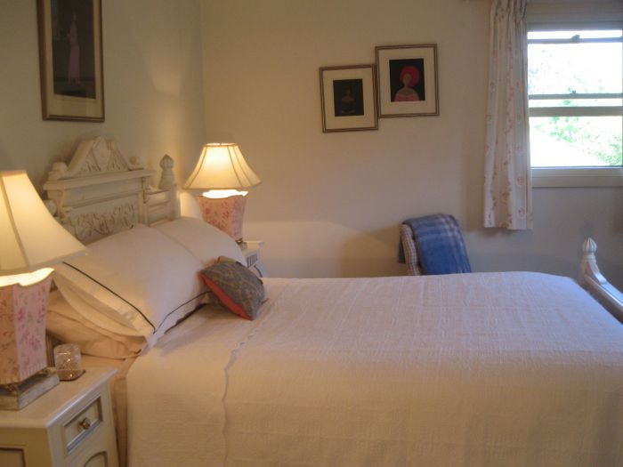 Trafalgar Bed and Breakfast and Annie's cottage - Maitland Accommodation