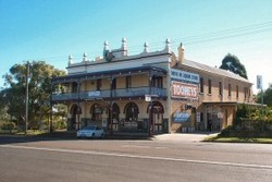 Caledonia Hotel - Maitland Accommodation