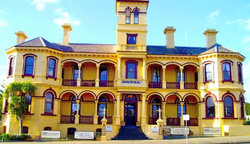 The Queenscliff Historic Royal Hotel - Maitland Accommodation