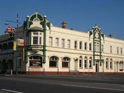 Leura Hotel - Maitland Accommodation