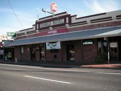 Donald Hotel - Maitland Accommodation
