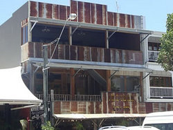 Ironbar Saloon - Maitland Accommodation