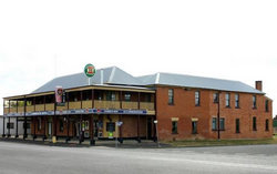 Bundarra Hotel - Maitland Accommodation