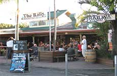 Railway Friendly Bar - Maitland Accommodation