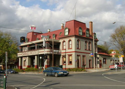 The Grand Hotel Healesville - Maitland Accommodation