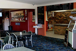 Greenwell Point Hotel - Maitland Accommodation