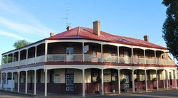 Brookton Club Hotel - Maitland Accommodation