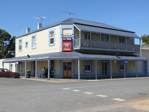 Port Wakefield Hotel - Maitland Accommodation