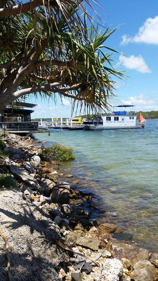 Tin Can Bay Yacht Club Bistro - Maitland Accommodation
