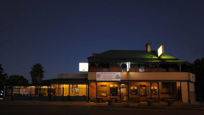 Bushrangers Bar  Brasserie - Maitland Accommodation
