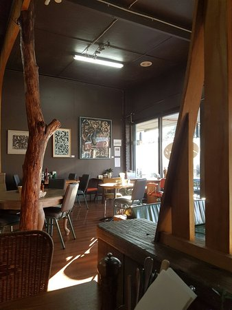 Polina's Cafe - Maitland Accommodation
