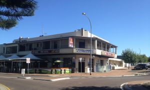 Pier Hotel - Maitland Accommodation