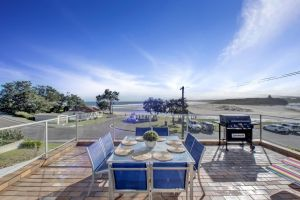 The Rotunda  Gerroa - Pet Friendly Beachfront - Maitland Accommodation
