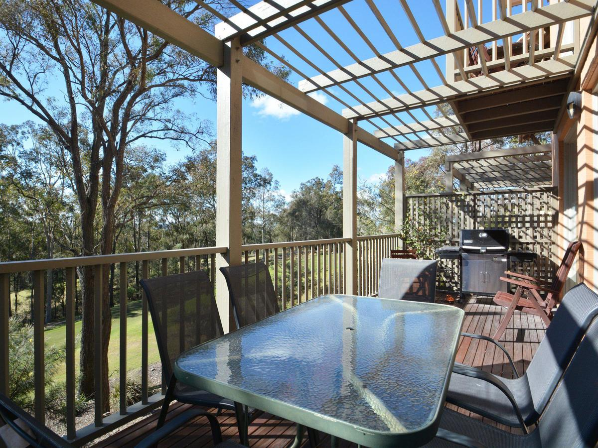 Villa Prosecco Located Within Cypress Lakes - Maitland Accommodation