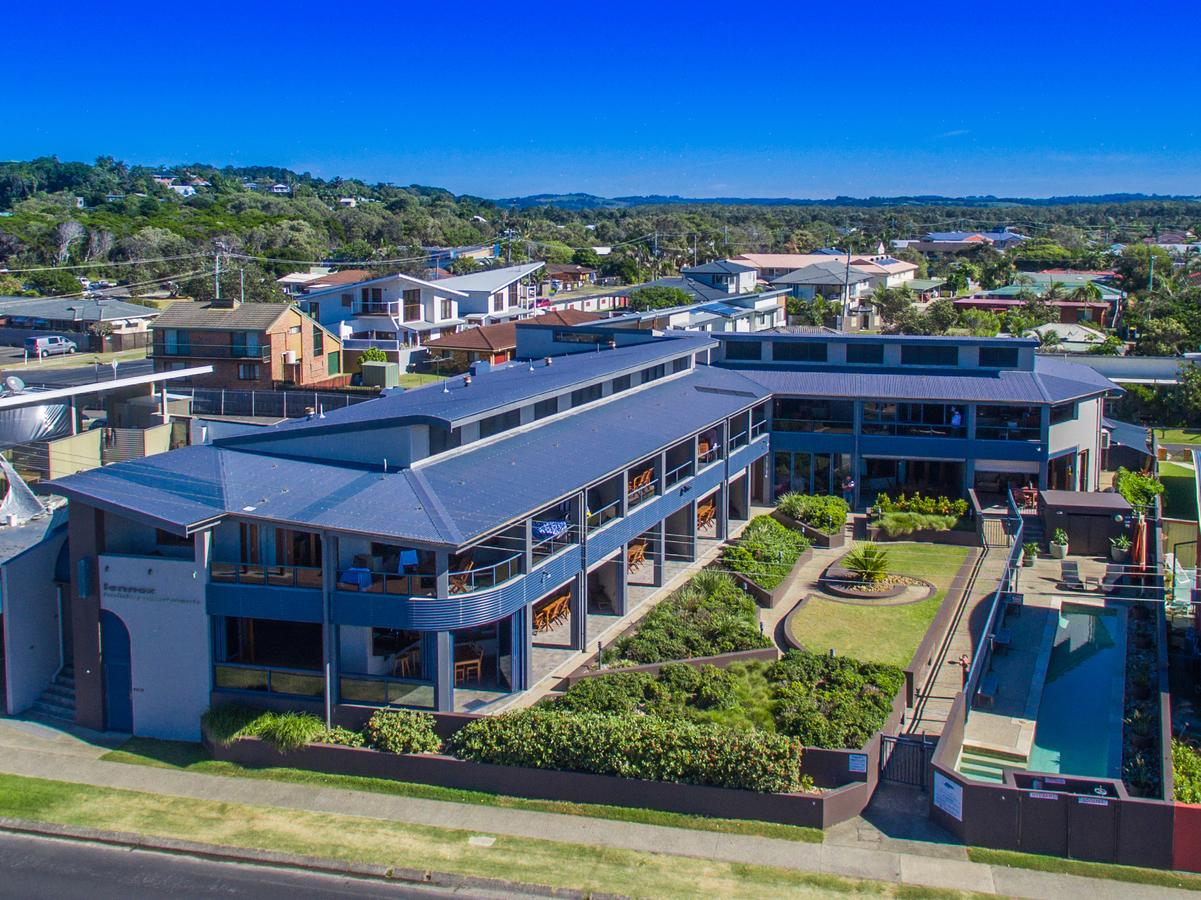 Lennox Holiday Apartments - Maitland Accommodation