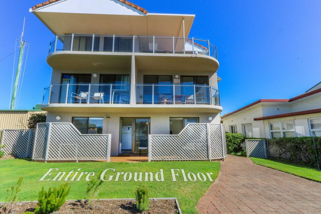 Acacia Kingscliff Town Holiday Apartment - Maitland Accommodation